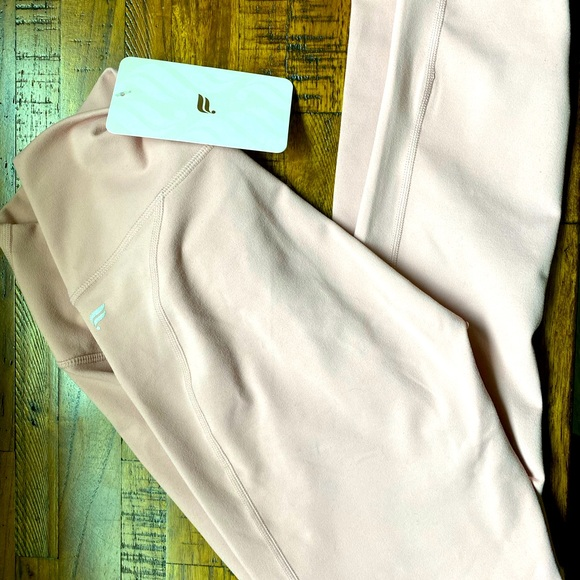 Fabletics high waisted solid powerhold 7/8 pants